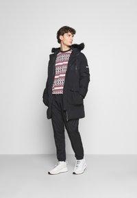 PARELLEX - LUNAR LONGLINE JACKET - Zimní kabát - black - 1