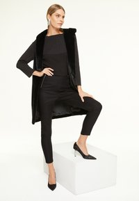 comma - Trousers - black - 1