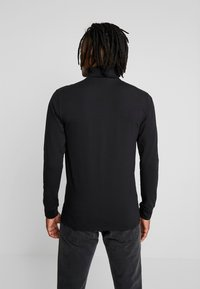 Only & Sons - ONSESSAY ROLLNECK TEE - Long sleeved top - black - 2