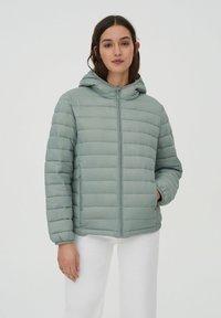 PULL&BEAR - Winter jacket - light green - 0