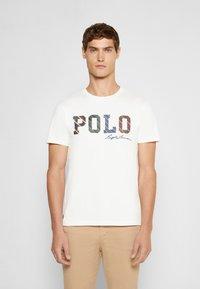 Polo Ralph Lauren - SHORT SLEEVE - Print T-shirt - deckwash white - 0