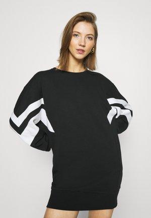 ONLJOSSA SPORTY DRESS - Denní šaty - black