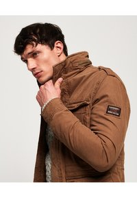 Superdry - CLASSIC ROOKIE  - Light jacket - rusty gold - 3