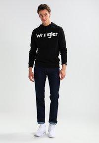 Wrangler - GREENSBORO - Jeans straight leg - ocean squall - 1