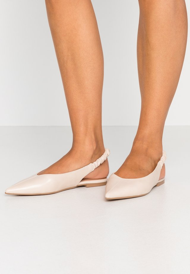 APPLE RUCHE - Slingback ballet pumps - offwhite