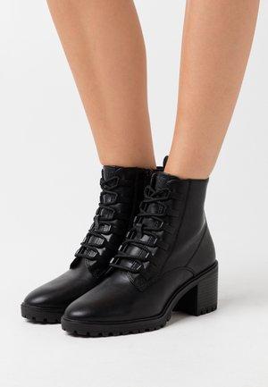 DENIA - Ankelstøvler - black