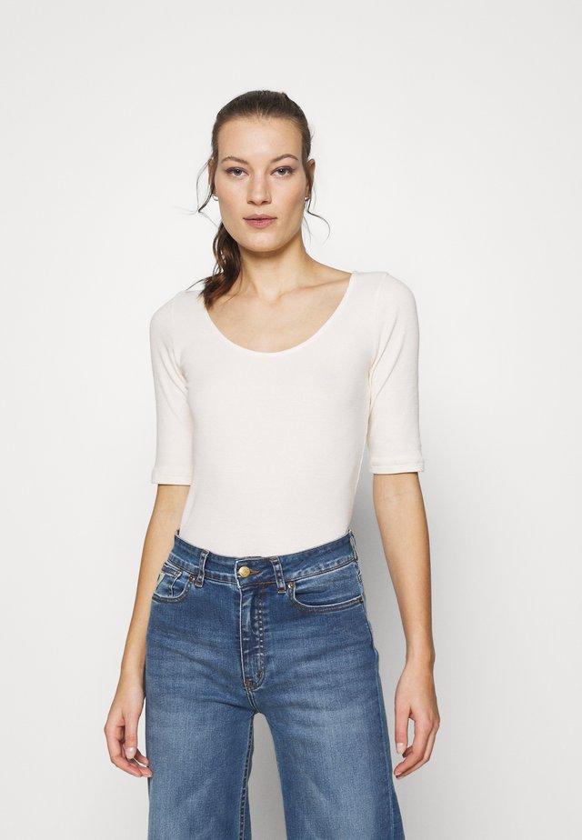 ALEXA TEE - T-shirt basic - whisper white