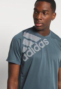 adidas Performance - T-shirt con stampa - dark blue - 3