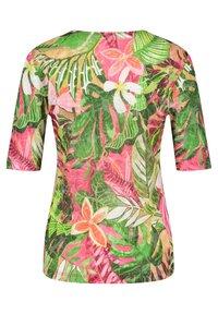 Gerry Weber Casual - Print T-shirt - violet/pink/green - 3