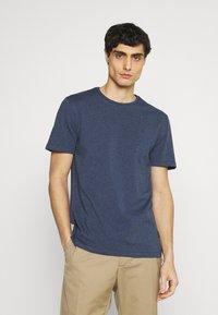 Casual Friday - THOR CREW NECK  - T-shirt - bas - blue indigo melange - 0