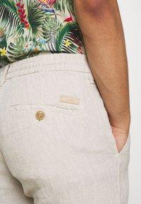 Esprit - Pantalon classique - beige - 3