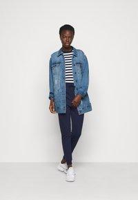 Noisy May Tall - NMFIONA JACKET - Denim jacket - light blue denim - 1
