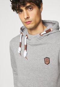INDICODE JEANS - NEVILLY - Hoodie - light grey mix - 4