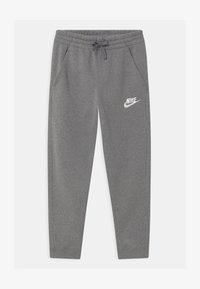 Nike Sportswear - PLUS CLUB - Træningsbukser - carbon heather/cool grey - 0