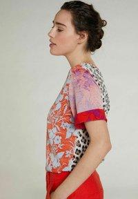 Oui - Print T-shirt - pink red - 3