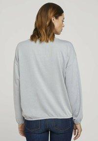 TOM TAILOR DENIM - Long sleeved top - mid blue white stripe - 2
