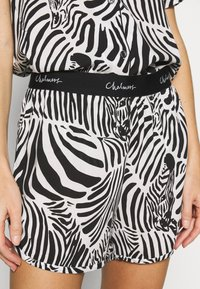 Chalmers - SARAH ZEBRA HERD SET - Pyjama - white/black/multi-coloured - 4