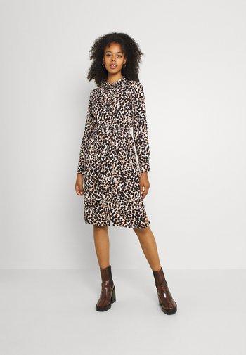 OBJPAMALA SHIRT DRESS - Abito a camicia - black