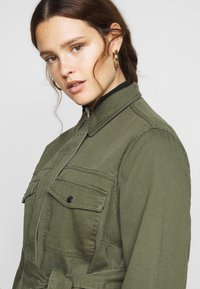 New Look Curves - LOTUS BELTED SHACKET - Summer jacket - khaki - 4