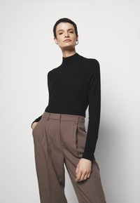 Filippa K - LYNN - Jumper - black - 3