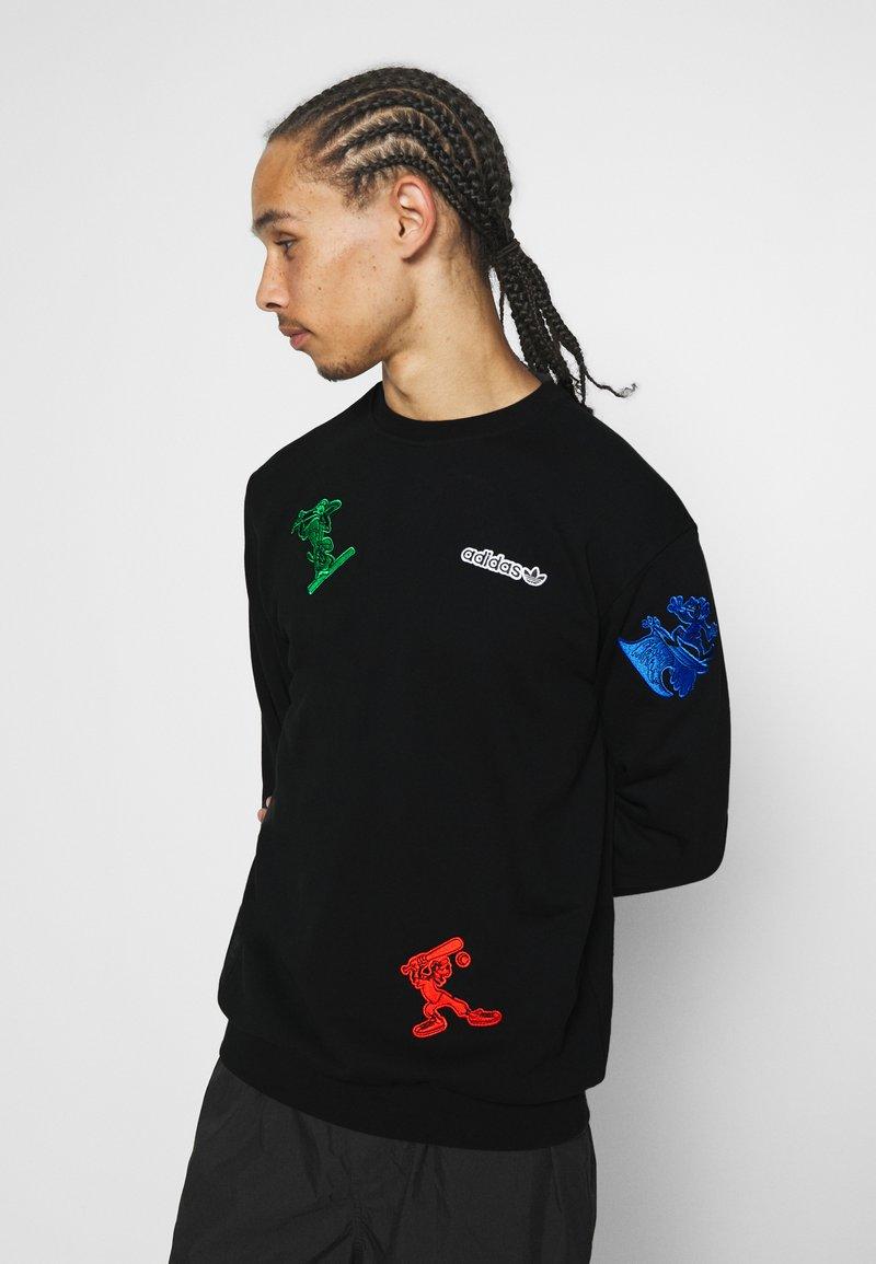 adidas Originals - GOOFY CREW - Sweatshirt - black