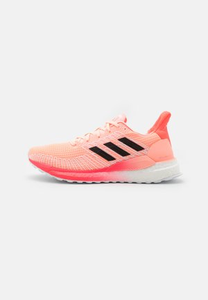 SOLAR BOOST 19 - Neutral running shoes - light fluo orange/core black/signal pink