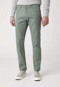 Wrangler - Jeans slim fit - wreath green - 0