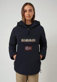 Napapijri - RAINFOREST POCKET - Light jacket - blu marine - 0