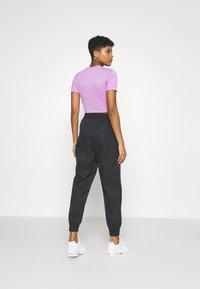 Nike Sportswear - PANT - Pantalon de survêtement - black - 2