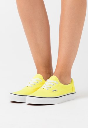 ERA - Trainers - neon lemon tonic/true white