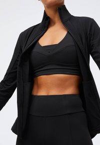 OYSHO - Soft shell jacket - black - 4