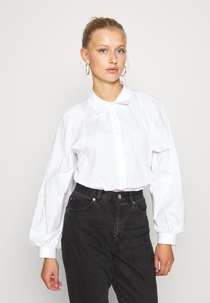 ONLY - ONLNANNA - Button-down blouse - white