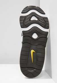 Nike Sportswear - NIKE AIR MAX 200 SCHUH FÜR JÜNGERE KINDER - Sneakers basse - white/black/bright crimson/university gold - 5