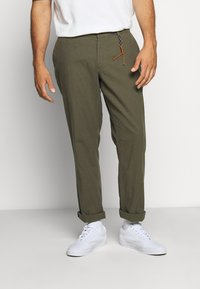 Jack & Jones - JJIMARCO JJLINEN AKM - Broek - olive night - 3