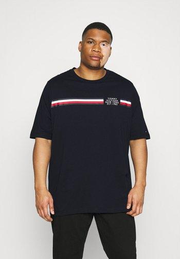 SPLIT TEE - T-shirt med print - desert sky