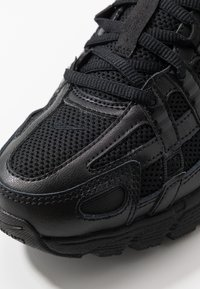 Nike Sportswear - P-6000 - Baskets basses - black - 5