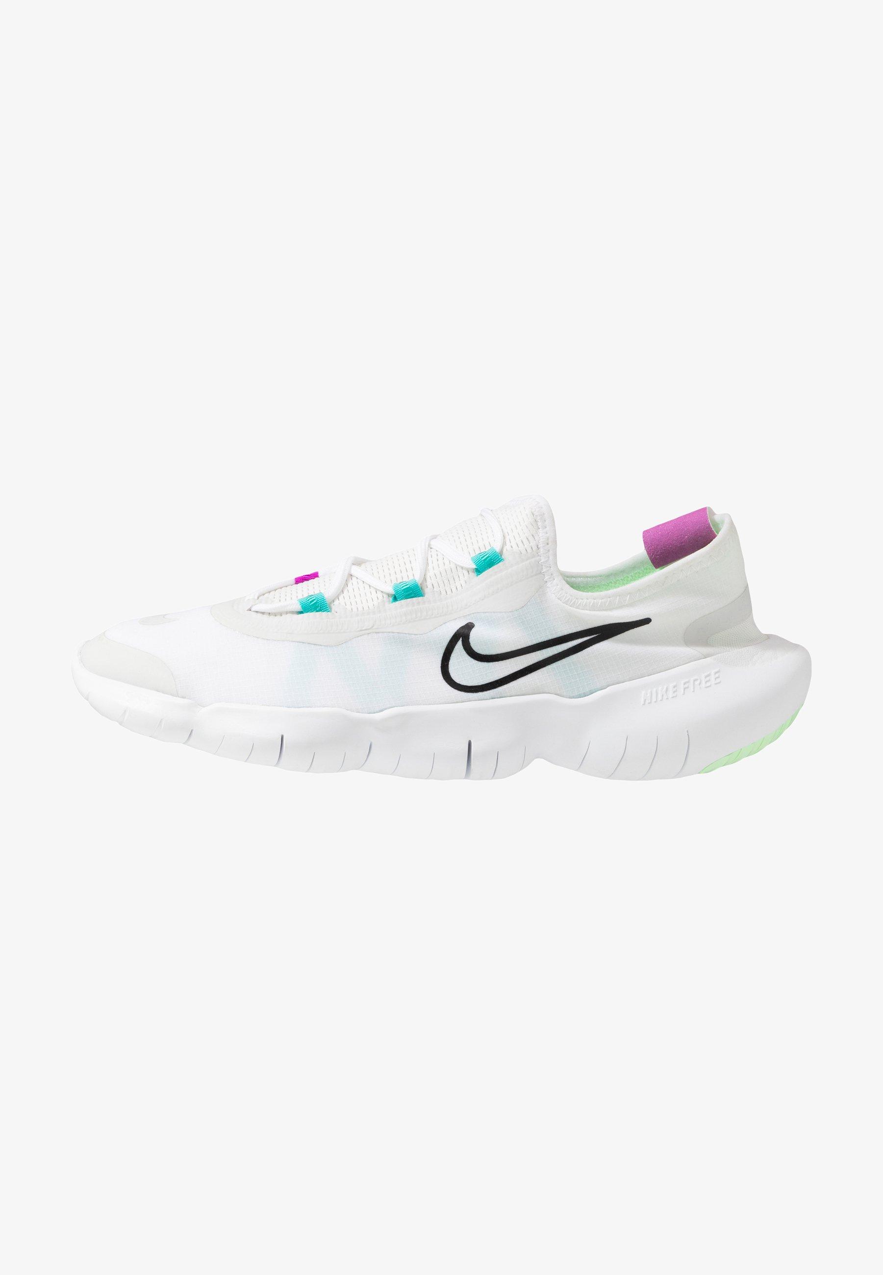 borroso Cap Vatio  Nike Performance FREE RN 5.0 2020 - Minimalist running shoes -  white/black/summit white/white - Zalando.co.uk