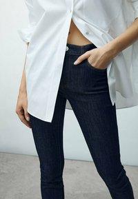 Massimo Dutti - Jeans Skinny Fit - dark blue - 1