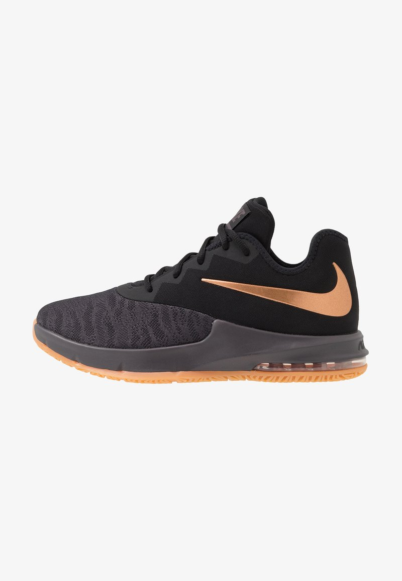 Nike Performance - AIR MAX INFURIATE III LOW - Basketball shoes - black/metallic copper/thunder grey/medium brown