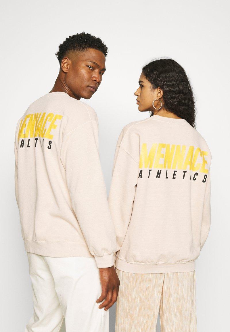 Mennace - ATHLETICS UNISEX - Sweatshirt - beige