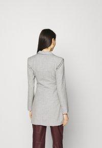 4th & Reckless - LIBERTY DRESS - Vestido informal - grey - 2