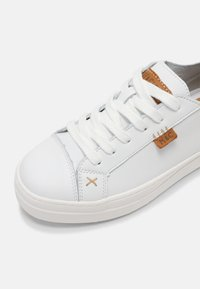 Musse & Cloud - MASY - Trainers - white - 7