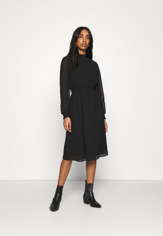 ONLANNELENA HIGHNECK SMOCK DRESS - Vapaa-ajan mekko - black