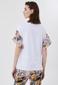 Liu Jo Jeans - T-shirt imprimé - white tropical liu jo - 2