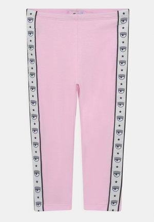 LOGOMANIA - Leggings - Trousers - rosa fairy tail