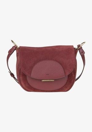 ECLIPSE  - Across body bag - cabernet