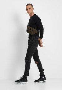 YOURTURN - 2 PACK - Long sleeved top - black - 0