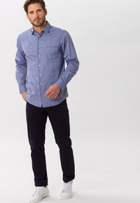 BRAX - STYLE COOPER - Straight leg jeans - dunkelblau - 1