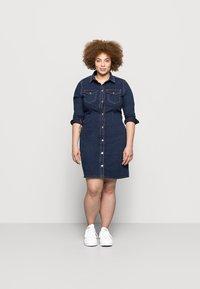Pieces Curve - PCSILIA DRESS - Denim dress - dark blue denim - 1