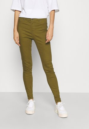 VMHOT SEVEN PUSH UP PANT TALL - Jeans Skinny Fit - fir green